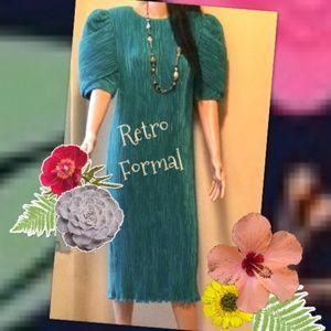 Vintage Formal Dress & Necklace